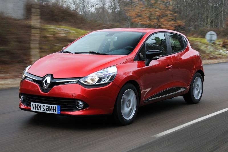 110. Renault Clio front tracking