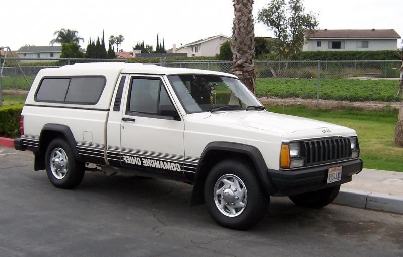 Jeep Comanche Chief with aftermarket modifications